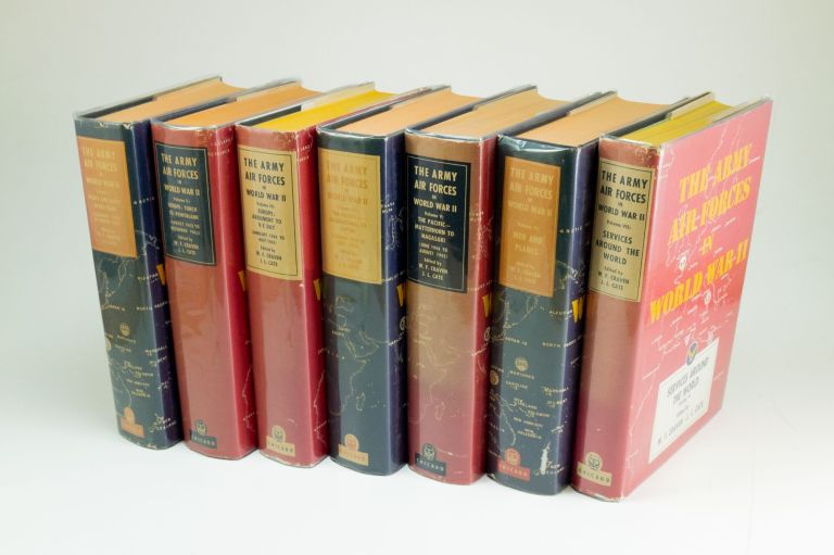 The Army Air Forces in World War II; Complete series in seven volumes. Wesley Frank CRAVEN, James Lea CATE.